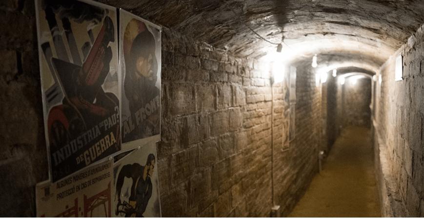 Visita al refugio antiaéreo número 4 de Tortosa