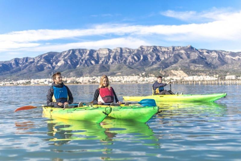 Kayak around the mussel-beds without guide
